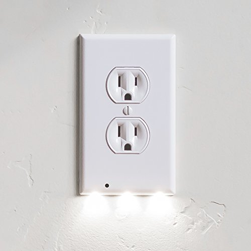 SnapPower Guidelight – Outlet Coverplate WHDU with LED Night Lights, Duplex+White